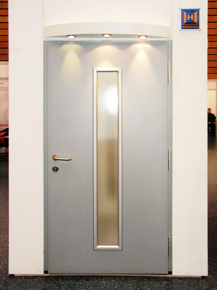 Дверь ThermoPro с остеклением