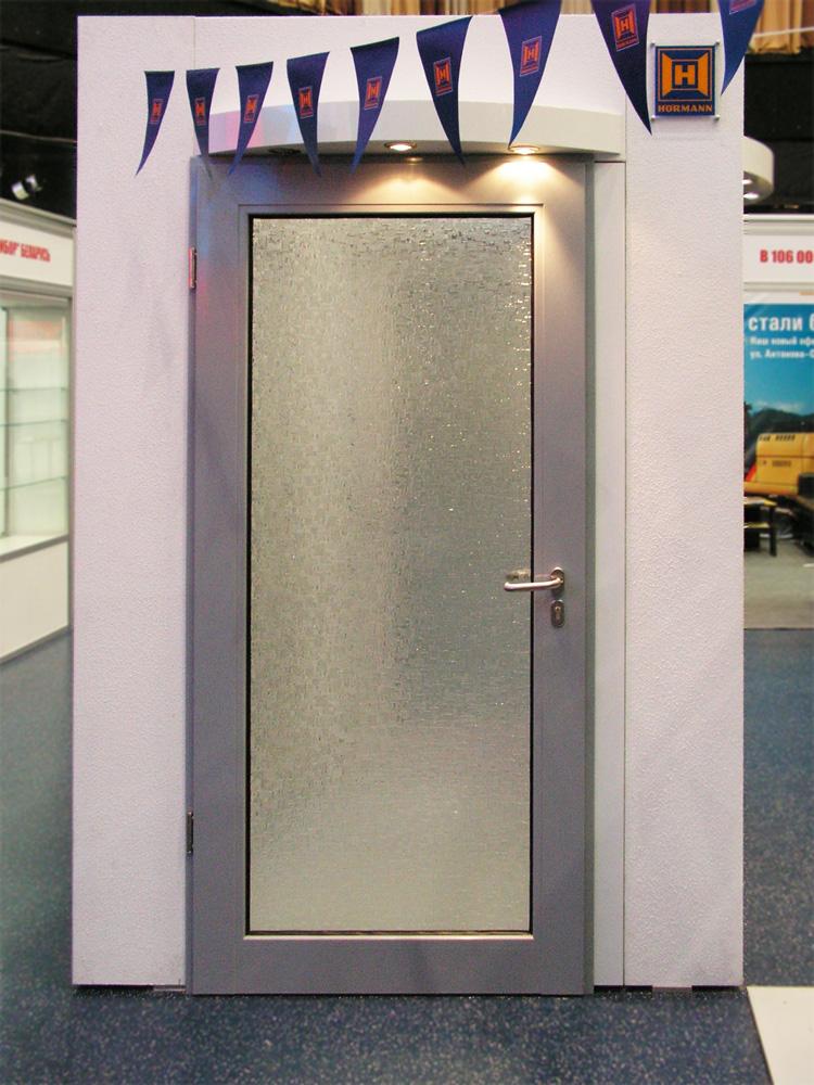 Алюминиевая дверь AZ с остеклением
